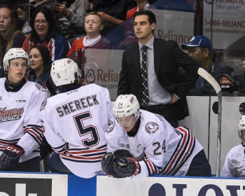 Eric Wellwood while coaching the Oshawa Generals. Photo by Aaron Bell/OHL Images