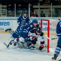 A crowded Mississauga crease. (Steven Frank Imagery)
