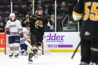 The Sting celebrate one of their two first period goals (Metcalfe Photography)
